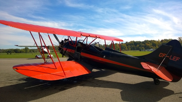 Flying In A 1930's Biplane!
